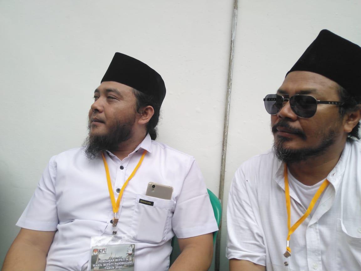 Serahkan Jumlah Dukungan Ke KPU Pandeglang, Krisyanto Diiringi Ribuan Massa