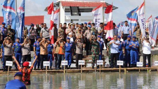Ikhtiar Bersama, Kapolri dan Panglima TNI Kompak Tanam Pohon Mangrove