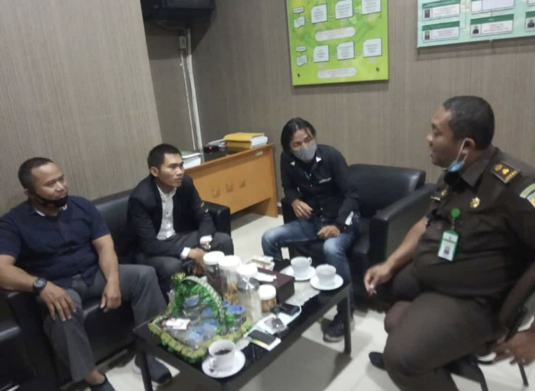 Kejari Tigaraksa Janji Akan Proses Laporan ALTAR Terkait Dugaan Pungli Bansos di Sukamanah