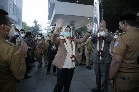 Sayonara Untuk Pemerintahan Kota Tangsel, Airin Serah Terima Jabatan PLH Walikota